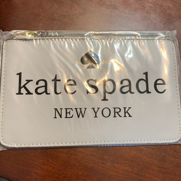 Kate spade wristlet grey purse